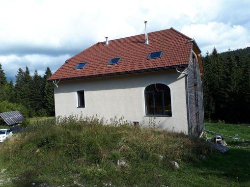 La maison vue de l'ouest